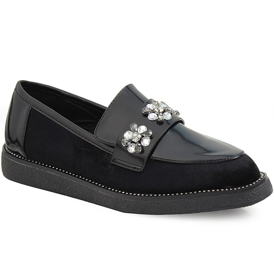 Γυναικεία loafers με λεπτομέρεια λουστρίνι και strass Μαύρο