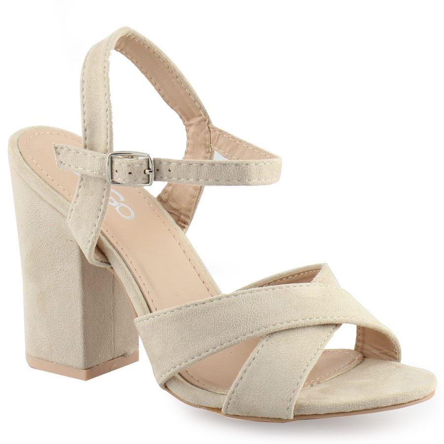 Γυναικεία πέδιλα με χοντρό καρέ τακούνι Μπεζ γυναικα   παπούτσια   πεδιλα