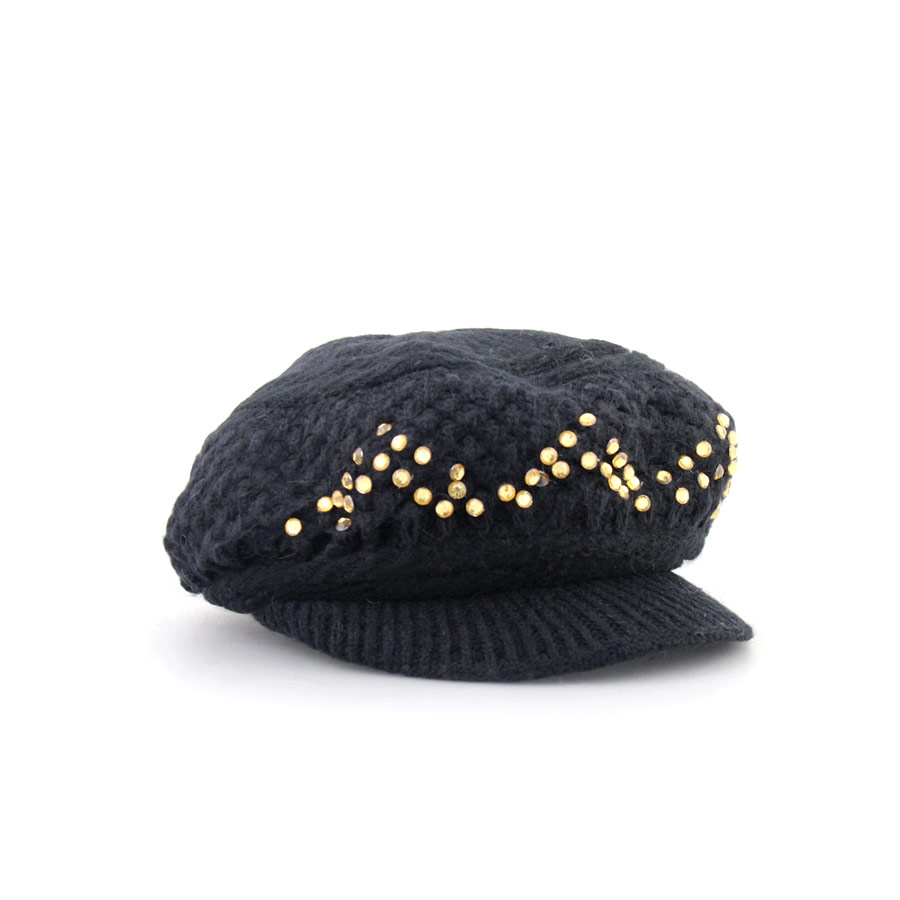 Γυναικεία καπέλα πλεκτά με stubs Μαύρο
