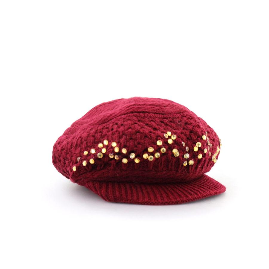 Γυναικεία καπέλα πλεκτά με stubs Μπορντώ