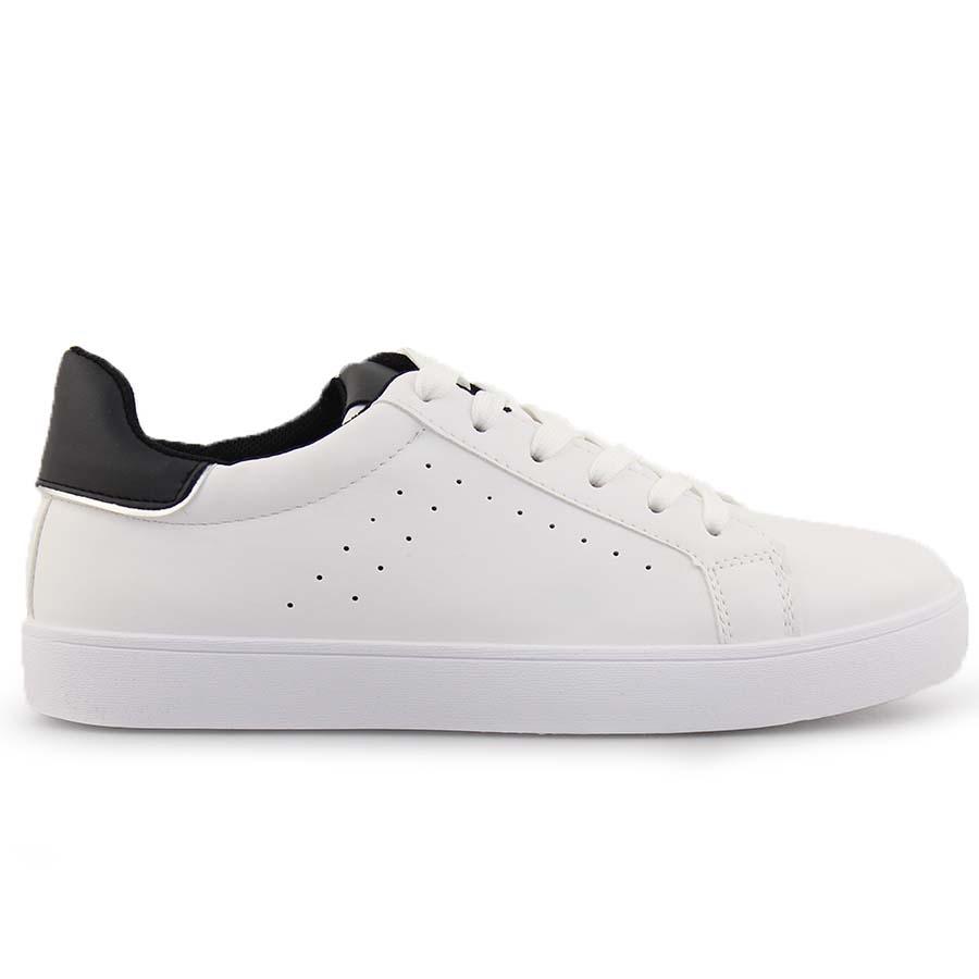 Γυναικεία sneakers με λεπτομέρεια Λευκό/Μαύρο