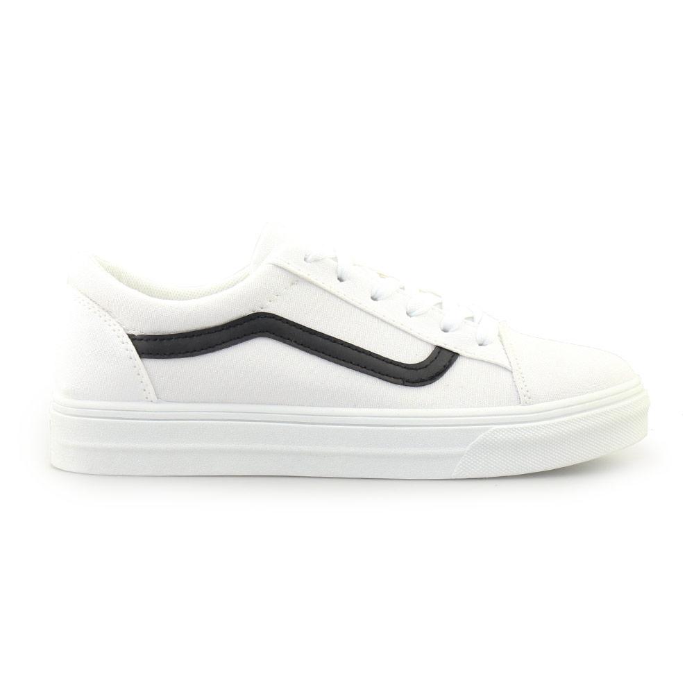 Γυναικεία sneakers με δίχρωμη λεπτομέρεια Λευκό