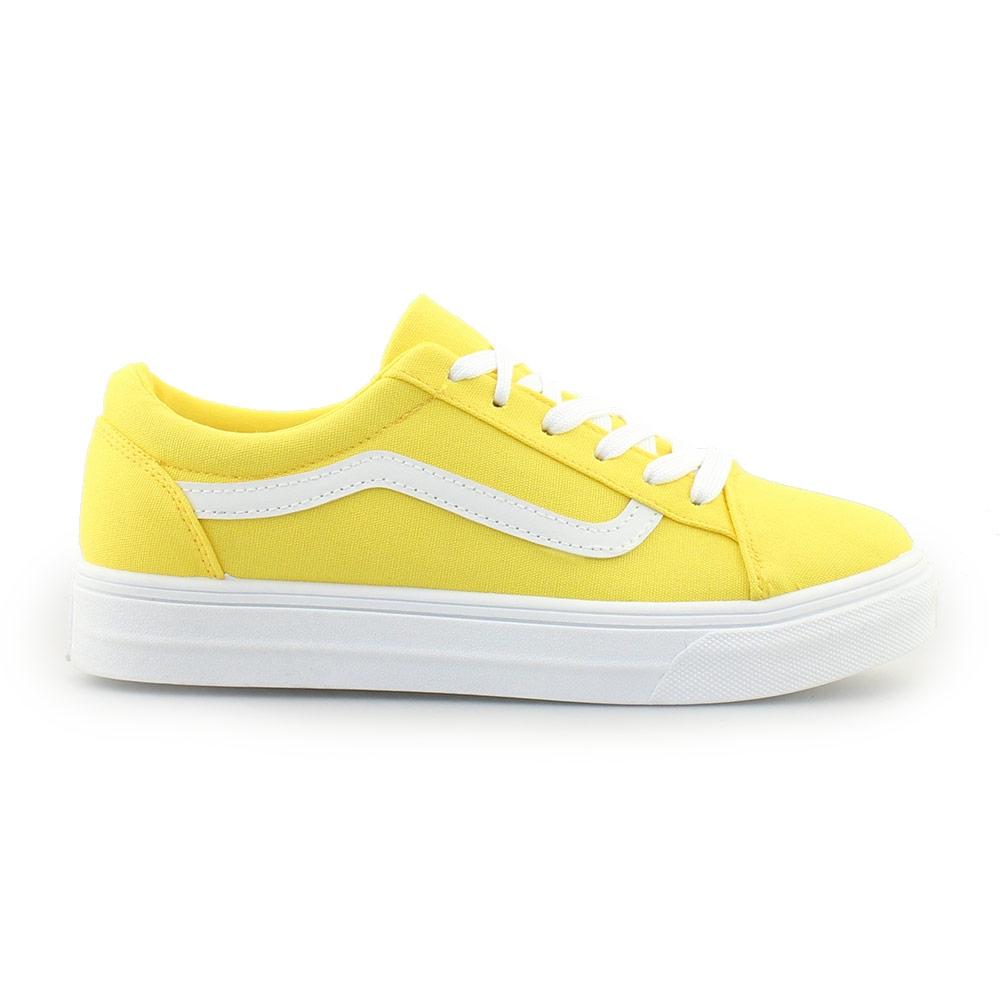 Γυναικεία sneakers με δίχρωμη λεπτομέρεια Κίτρινο