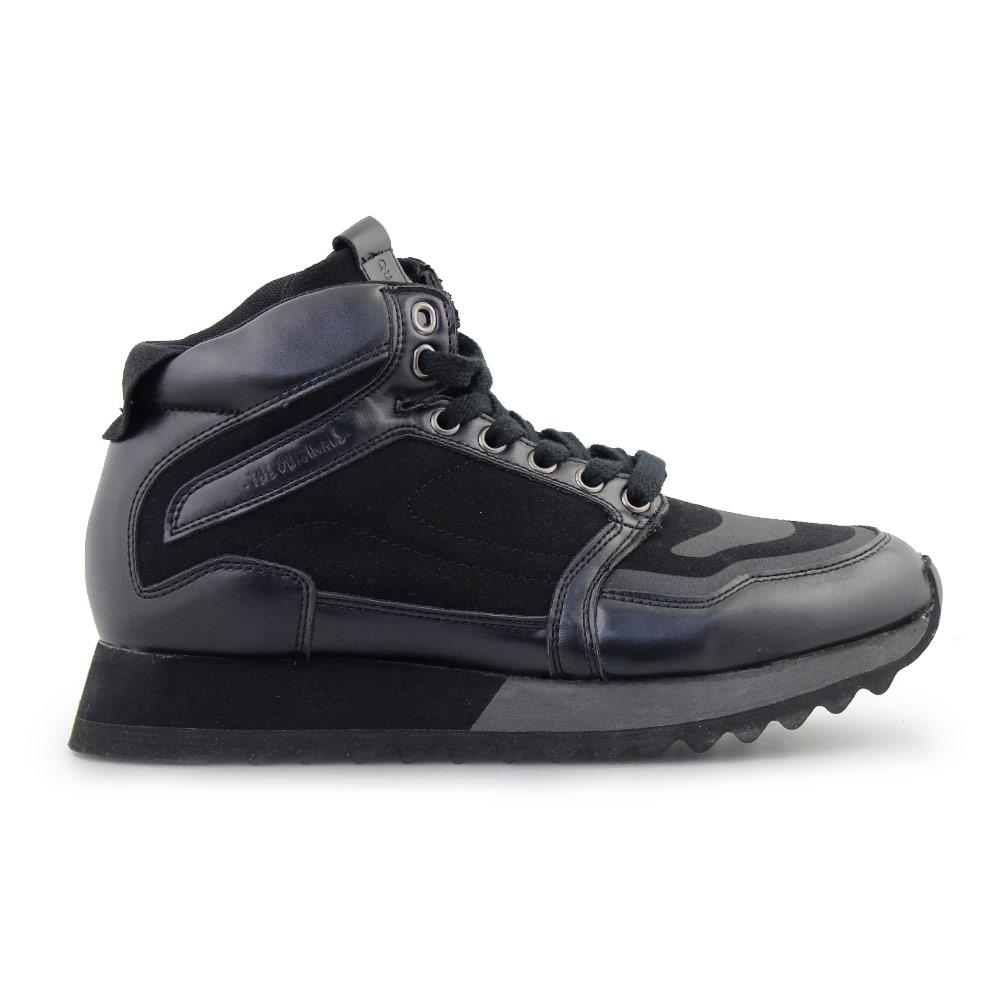 Ανδρικά sneakers με δίχρωμη σόλα Μαύρο