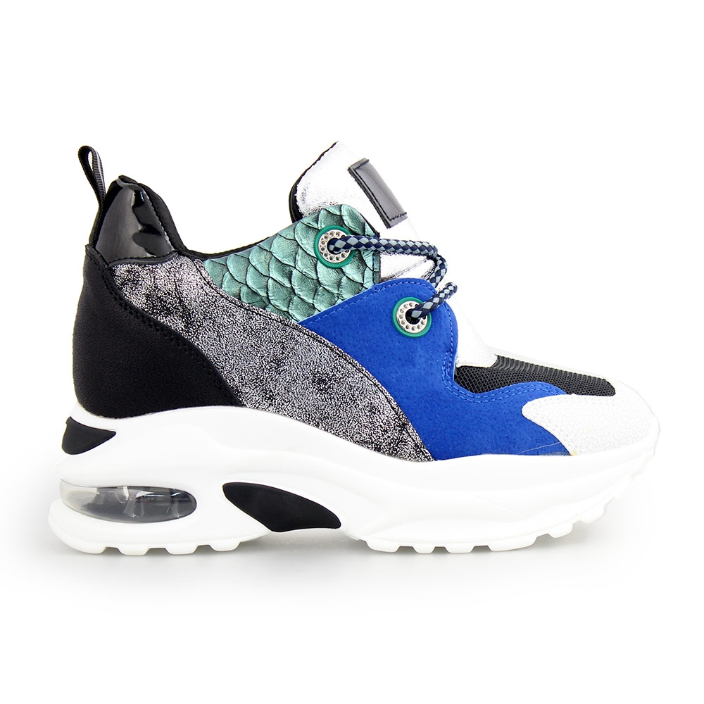 Γυναικεία sneakers με μεταλλιζέ λεπτομέρειες Multi