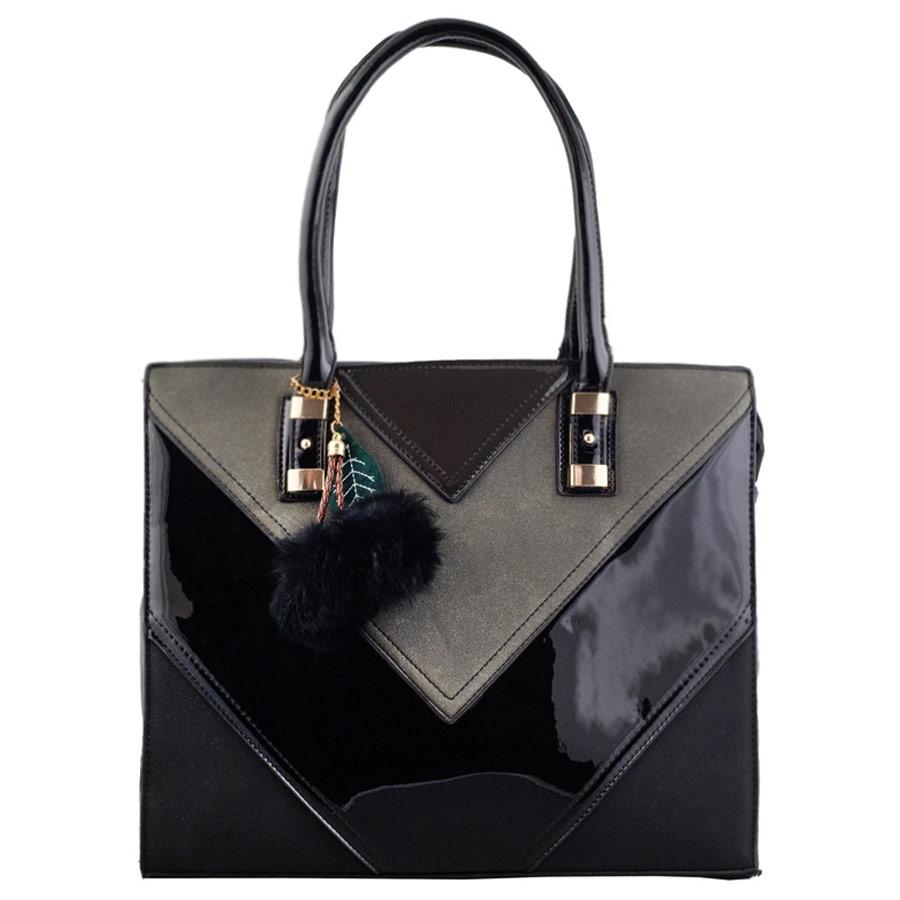 Γυναικεία τσάντα χερός με τριγωνικά σχέδια Μαύρο