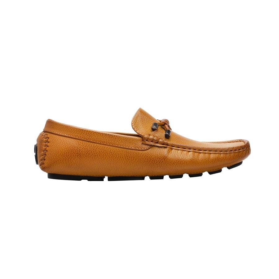 Ανδρικά loafers με μεταλλική λεπτομέρεια Κάμελ