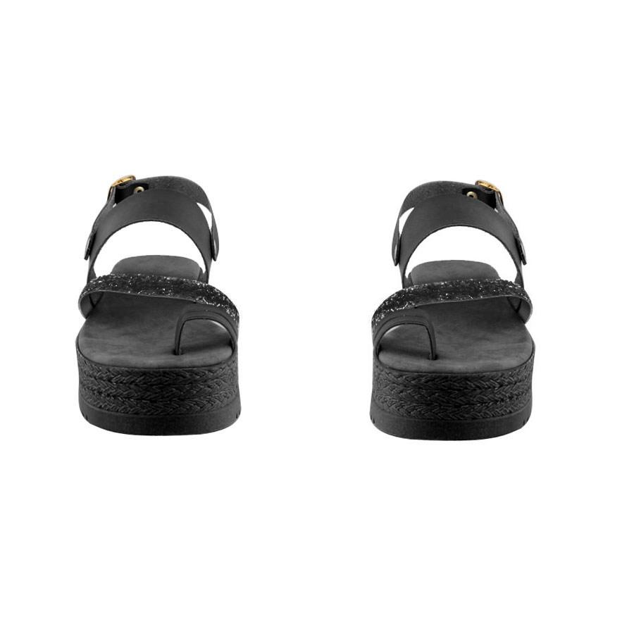 Εικόνα από Γυναικεία δερμάτινα σανδάλια με strass Μαύρο