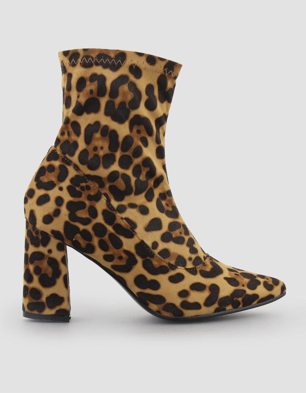 Εικόνα από Γυναικεία μποτάκια τύπου κάλτσα Λεοπάρ