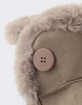 Εικόνα από Παιδικά μποτάκια με γουνάκι και κουμπί Πούρο