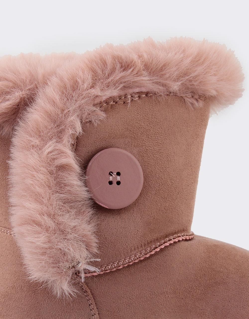 Εικόνα από Παιδικά μποτάκια με γουνάκι και κουμπί Ροζ
