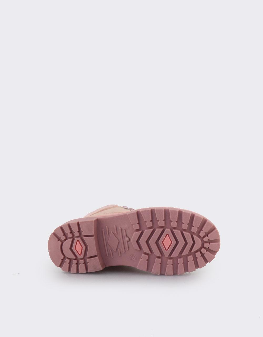 Εικόνα από Παιδικά μποτάκια με τρακτερωτή σόλα και δίχρωμα κορδόνια Ροζ