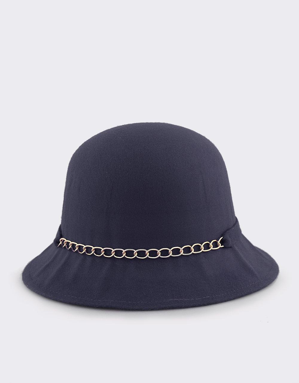 b077e32b57 Εικόνα από Γυναικεία καπέλα με αλυσίδα και φιόγκο Μπλε