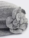 Εικόνα από Καπέλα με διακοσμητικά λουλούδια Γκρι