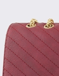 Εικόνα από Γυναικείες τσάντες ώμου με ραφές Μπορντώ