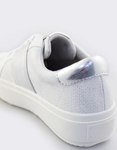 Εικόνα από Γυναικεία sneakers με μεταλιζέ λεπτομέρειες Λευκό/Ασημί