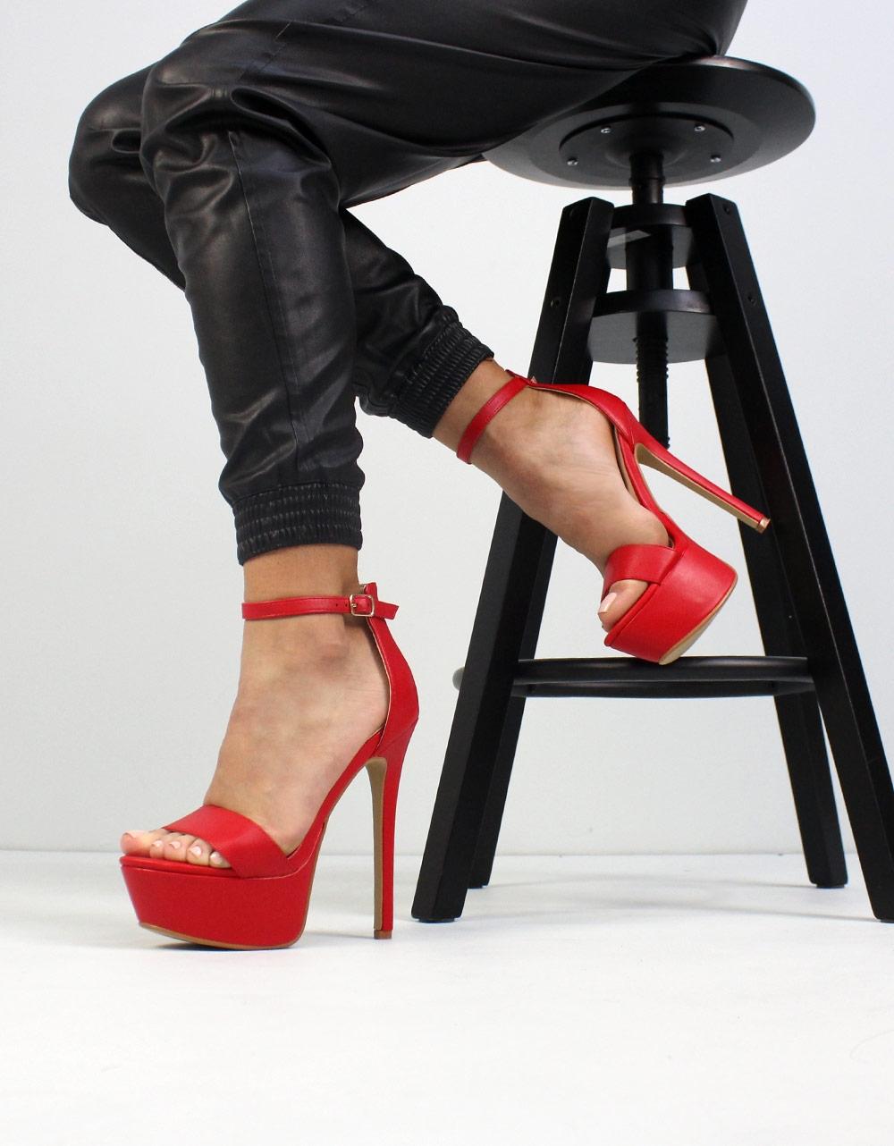 b259a13d7b9 Inshoes.gr. Γυναικεία πέδιλα ψηλοτάκουνα με φιάπα | Inshoes.gr Κόκκινο
