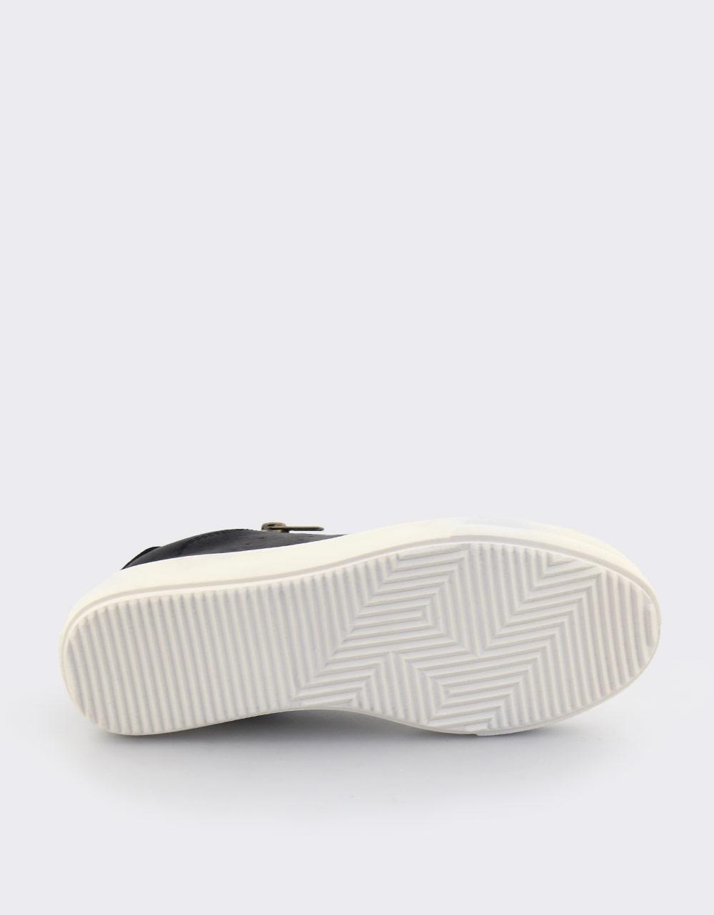 Εικόνα από Γυναικεία sneakers με φερμουάρ Μαύρο