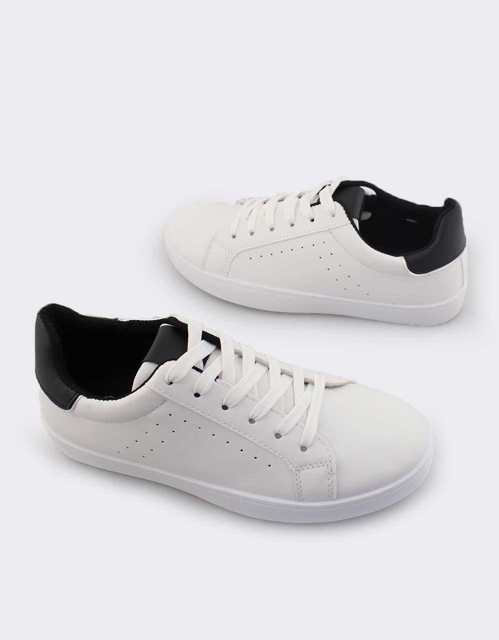 Εικόνα από Γυναικεία sneakers με λεπτομέρεια Λευκό/Μαύρο