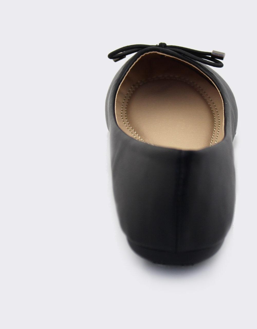 Εικόνα από Γυναικείες μπαλαρίνες σε απλή γραμμή Μαύρο