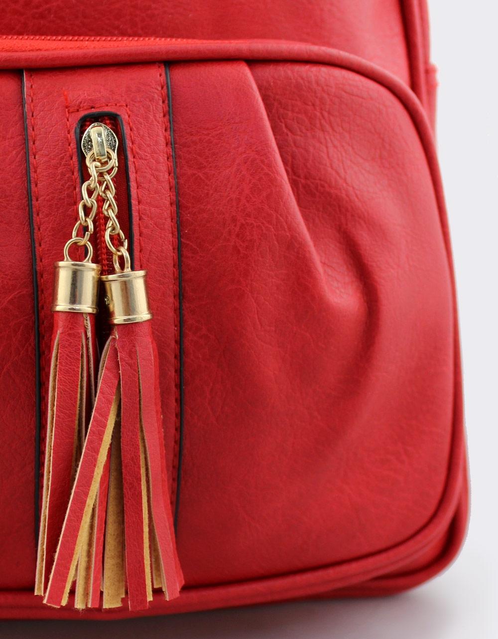 Εικόνα από Γυναικεία σακίδια πλάτης με διακοσμητικά κρόσια Κόκκινο