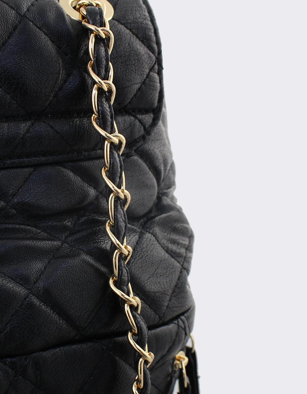 Εικόνα από Γυναικεία σακίδια πλάτης καπιτονέ με αλυσίδα Μαύρο
