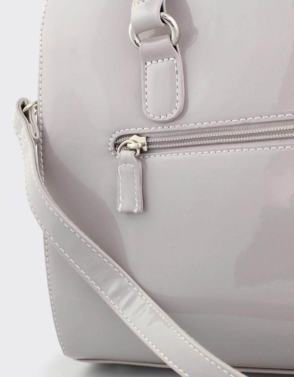 Εικόνα από Γυναικείες τσάντες χειρός λουστρίνι Γκρι