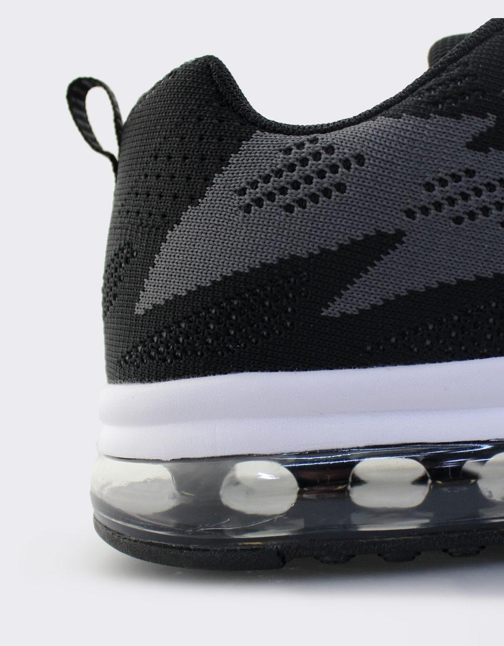 Εικόνα από Ανδρικά sneakers με δίχρωμο σχέδιο Μαύρο