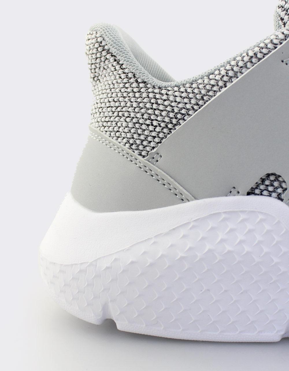 Εικόνα από Ανδρικά sneakers με δίχρωμη λεπτομέρεια Γκρι