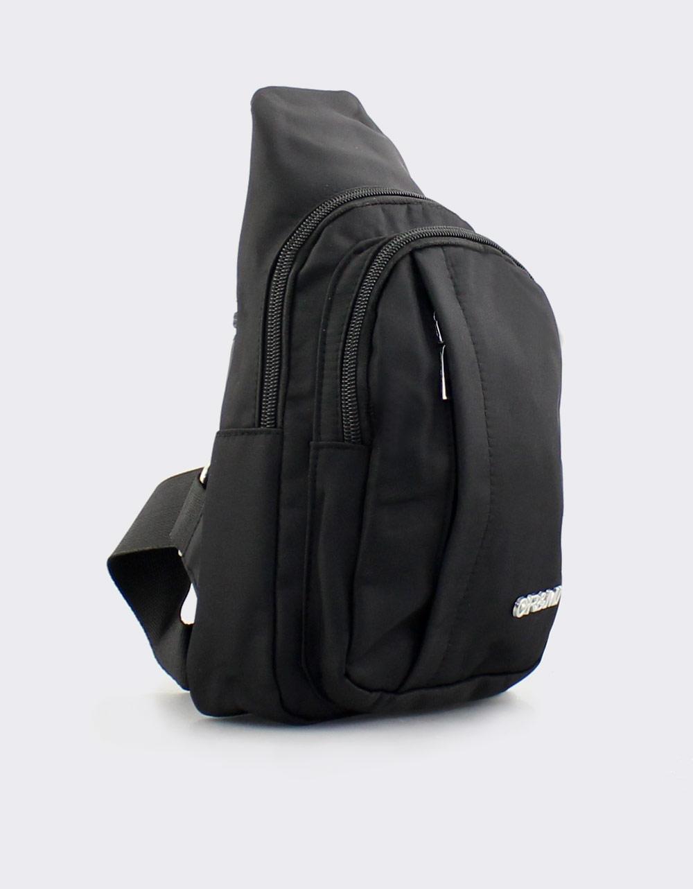 Εικόνα από Ανδρικές τσάντες ώμου σε τριγωνική γραμμή Μαύρο