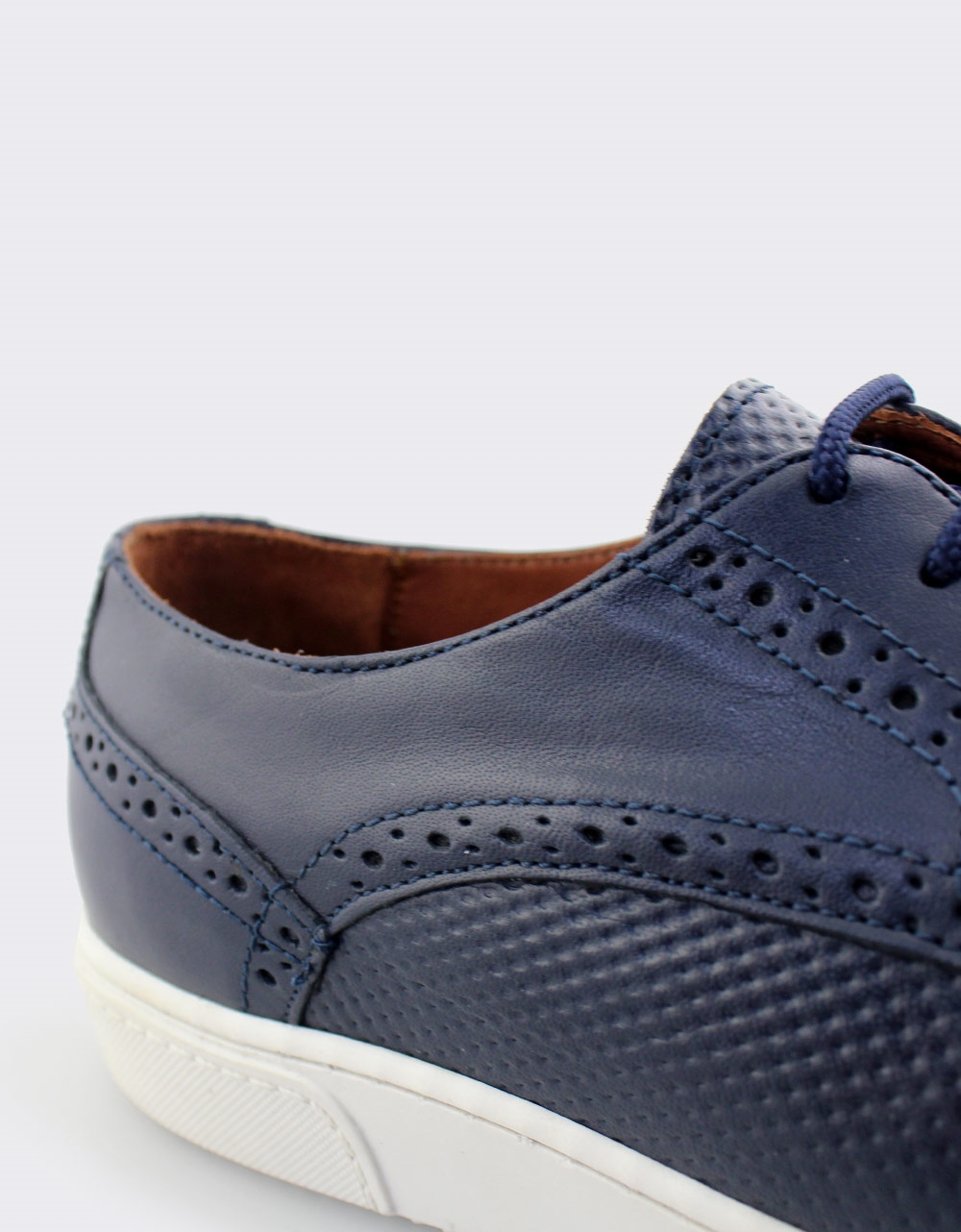 0f5ac9b424d Inshoes.gr. Ανδρικά loafers δερμάτινα με λευκή σόλα | Inshoes.gr Μπλε