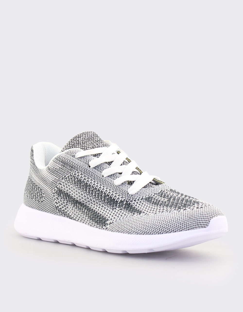 Εικόνα από Ανδρικά sneakers με δίχρωμες λεπτομέρειες Γκρι
