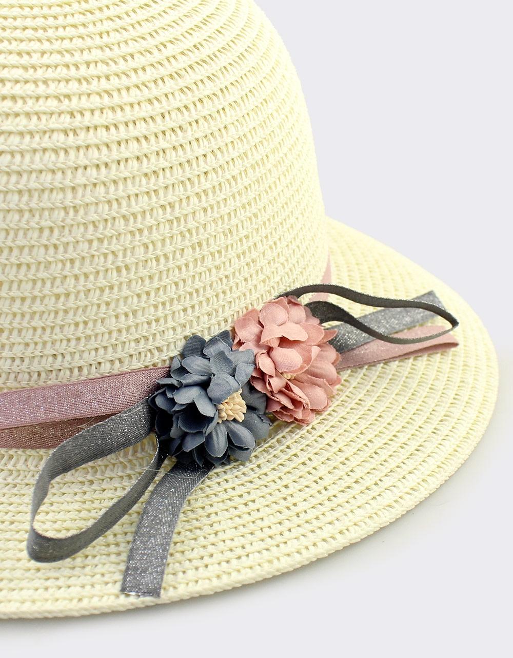 Εικόνα από Γυναικεία καπέλα με κορδέλες και λουλούδια Μπεζ