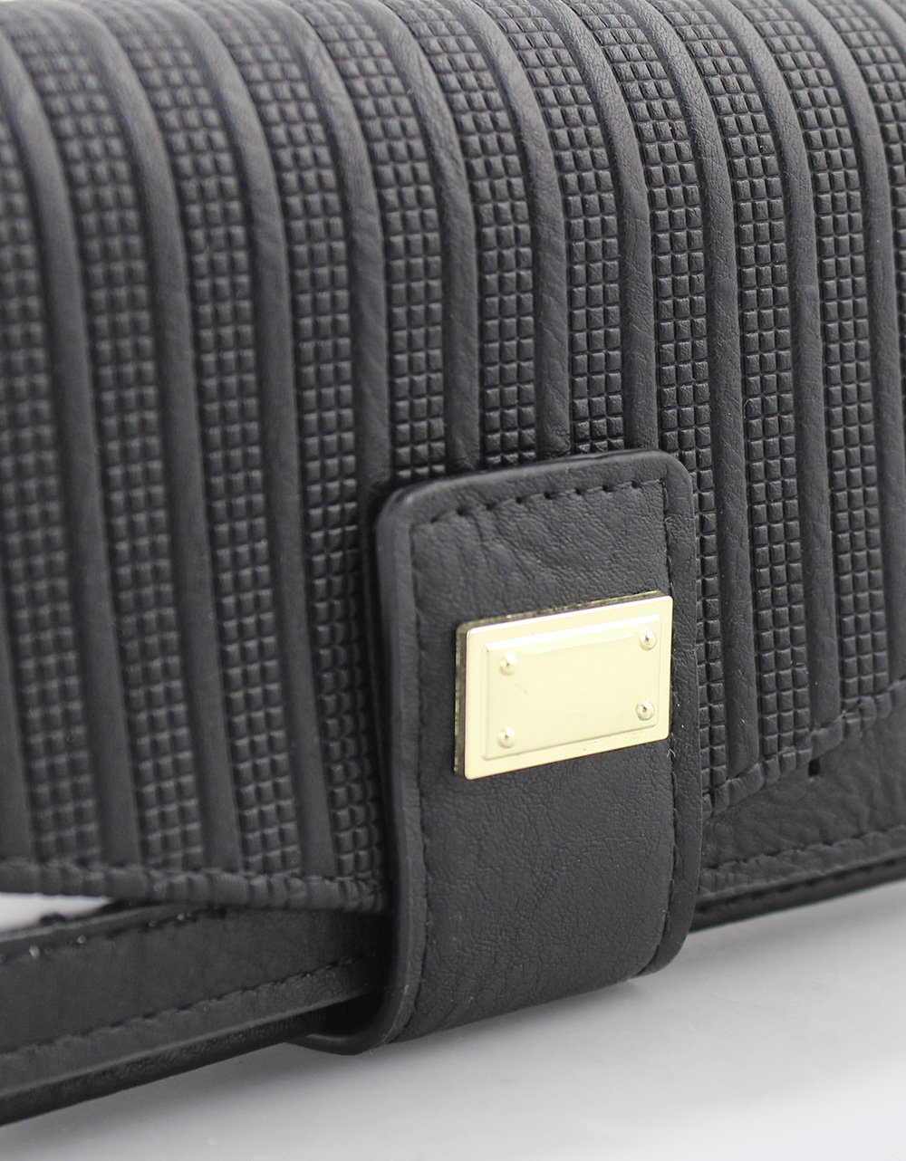 Εικόνα από Γυναικεία πορτοφόλια με ανάγλυφο μοτίβο Μαύρο
