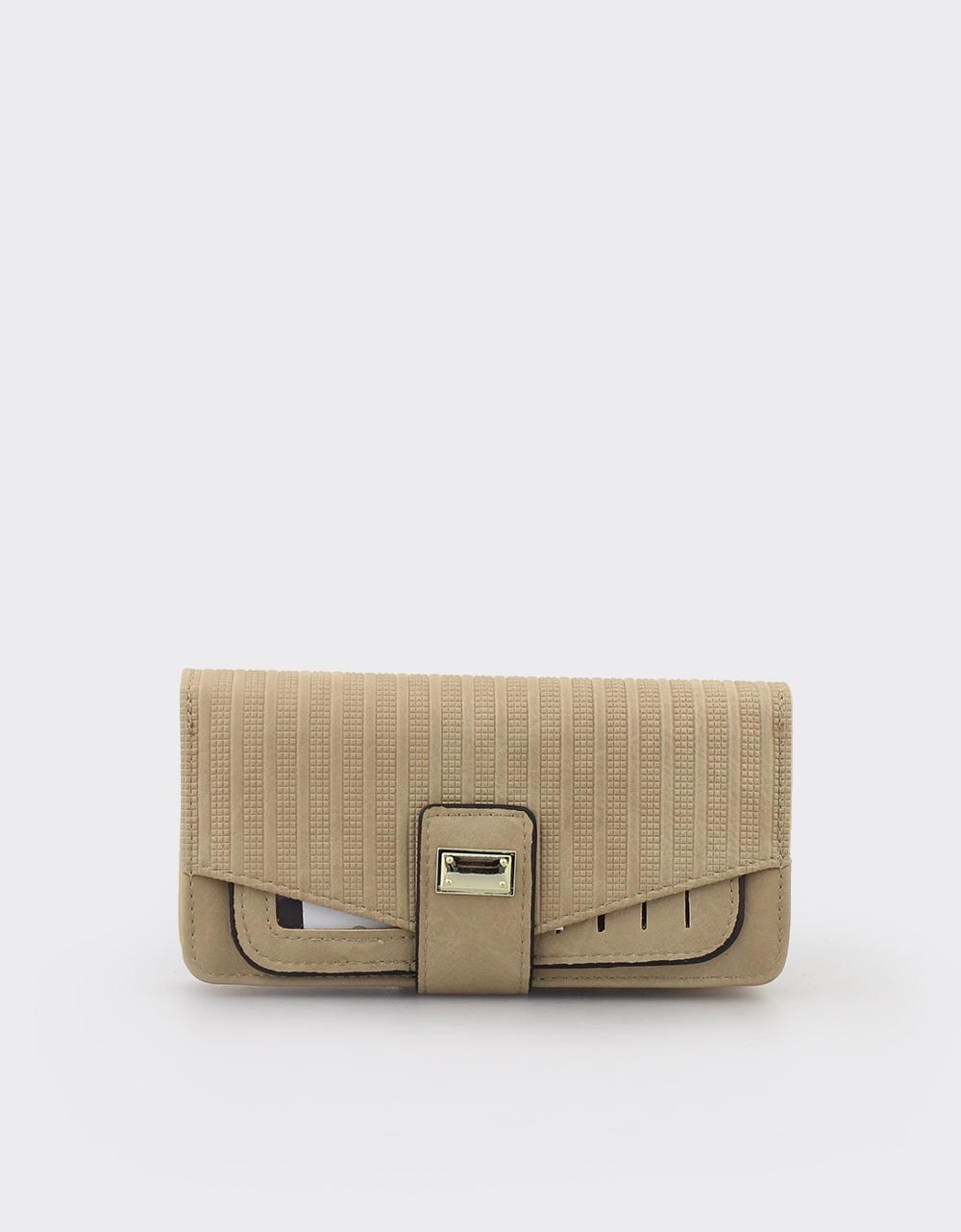 Εικόνα από Γυναικεία πορτοφόλια με ανάγλυφο μοτίβο Πούρο