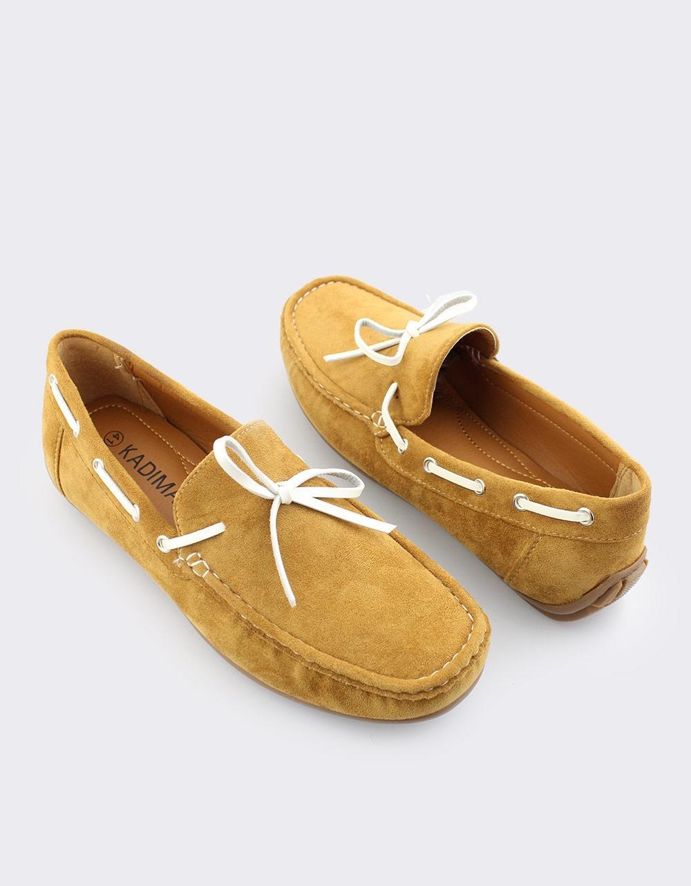 Εικόνα από Ανδρικά loafers μονόχρωμα Κάμελ