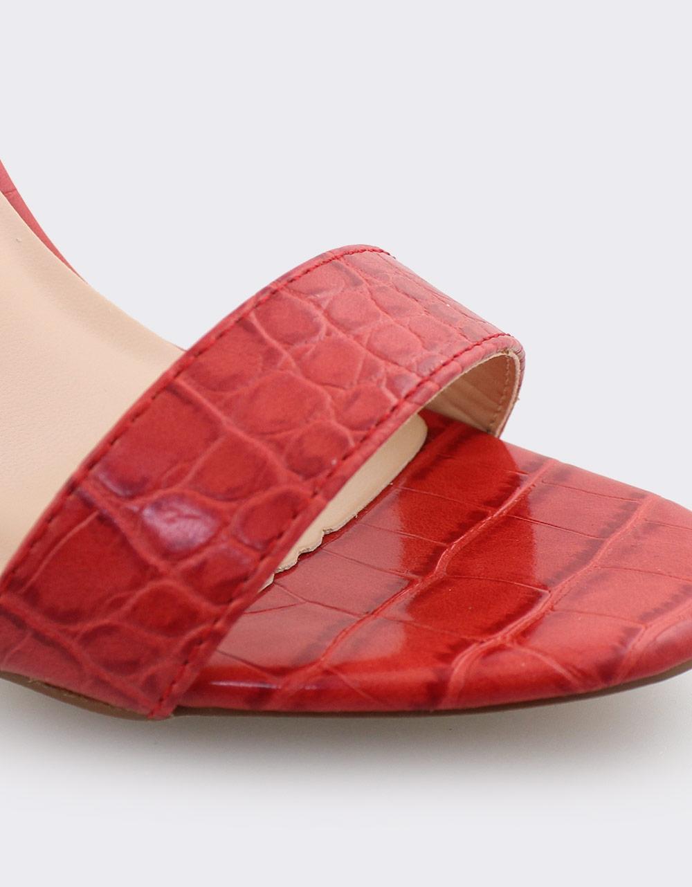 Εικόνα από Γυναικεία πέδιλα με κροκό μοτίβο Κόκκινο