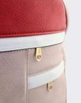 Εικόνα από Γυναικεία σακίδια πλάτης με λεπτομέρειες Ροζ