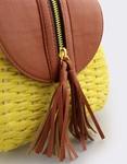 Εικόνα από Γυναικείες τσάντες ώμου ψάθινες με διακοσμητικό φερμουάρ Κίτρινο