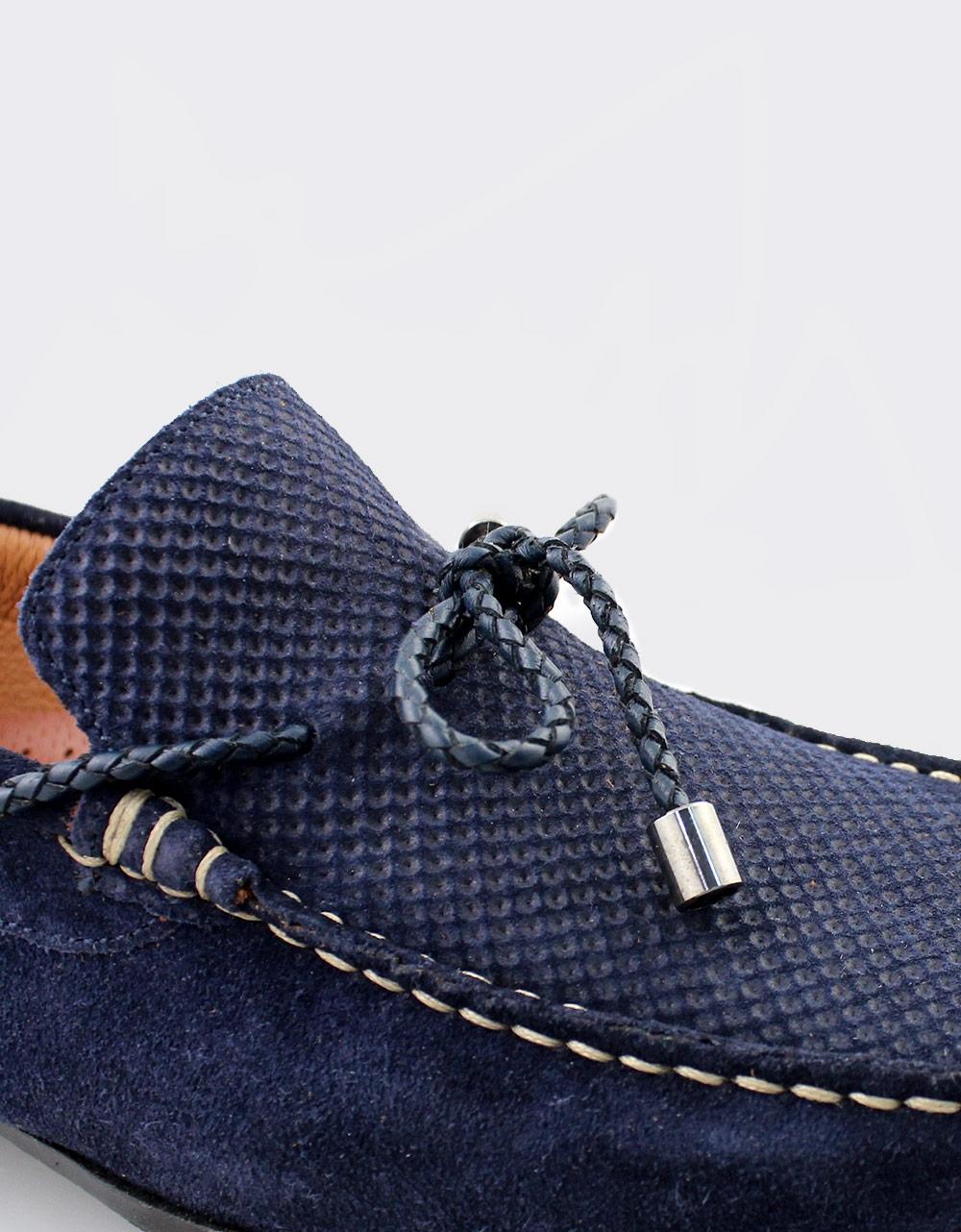 Εικόνα από Ανδρικά loafers καστόρινα με διακοσμητικά κορδόνια Μπλε