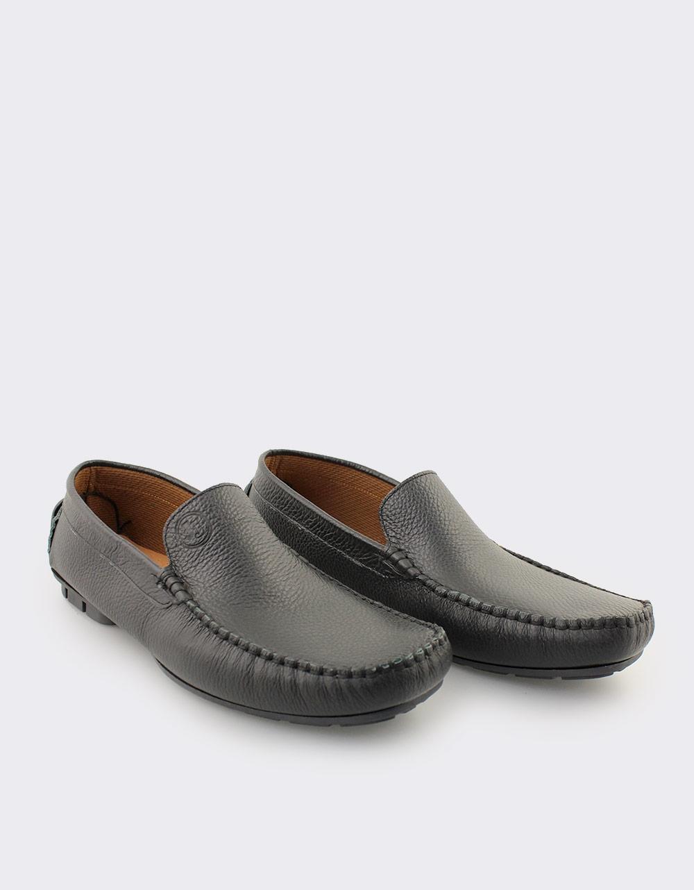 Εικόνα από Ανδρικά δερμάτινα loafers Μαύρο