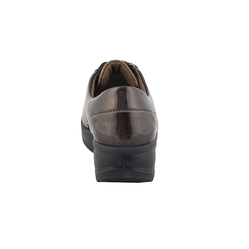 Εικόνα από Γυναικεία loafers με διακοσμητικά strass Πούρο