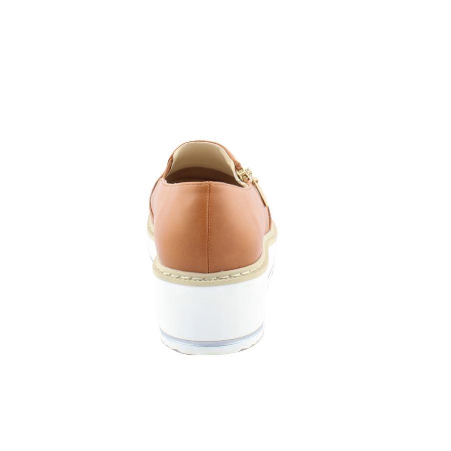 Εικόνα από Γυναικεία loafers με διακοσμητικό φερμουάρ Ταμπά