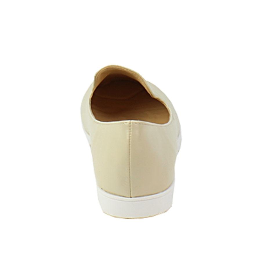 Εικόνα από Γυναικεία loafers δίχρωμα Μπεζ/Μαύρο
