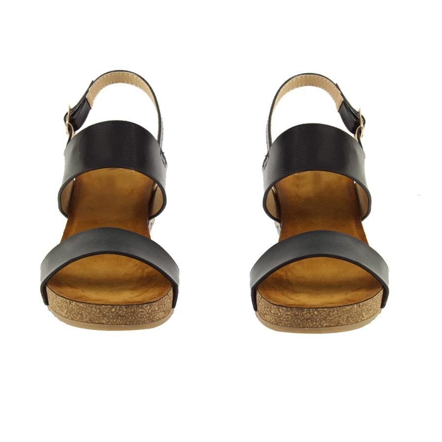 Εικόνα από Γυναικείες πλατφόρμες με stubs στο πέλμα Μαύρο