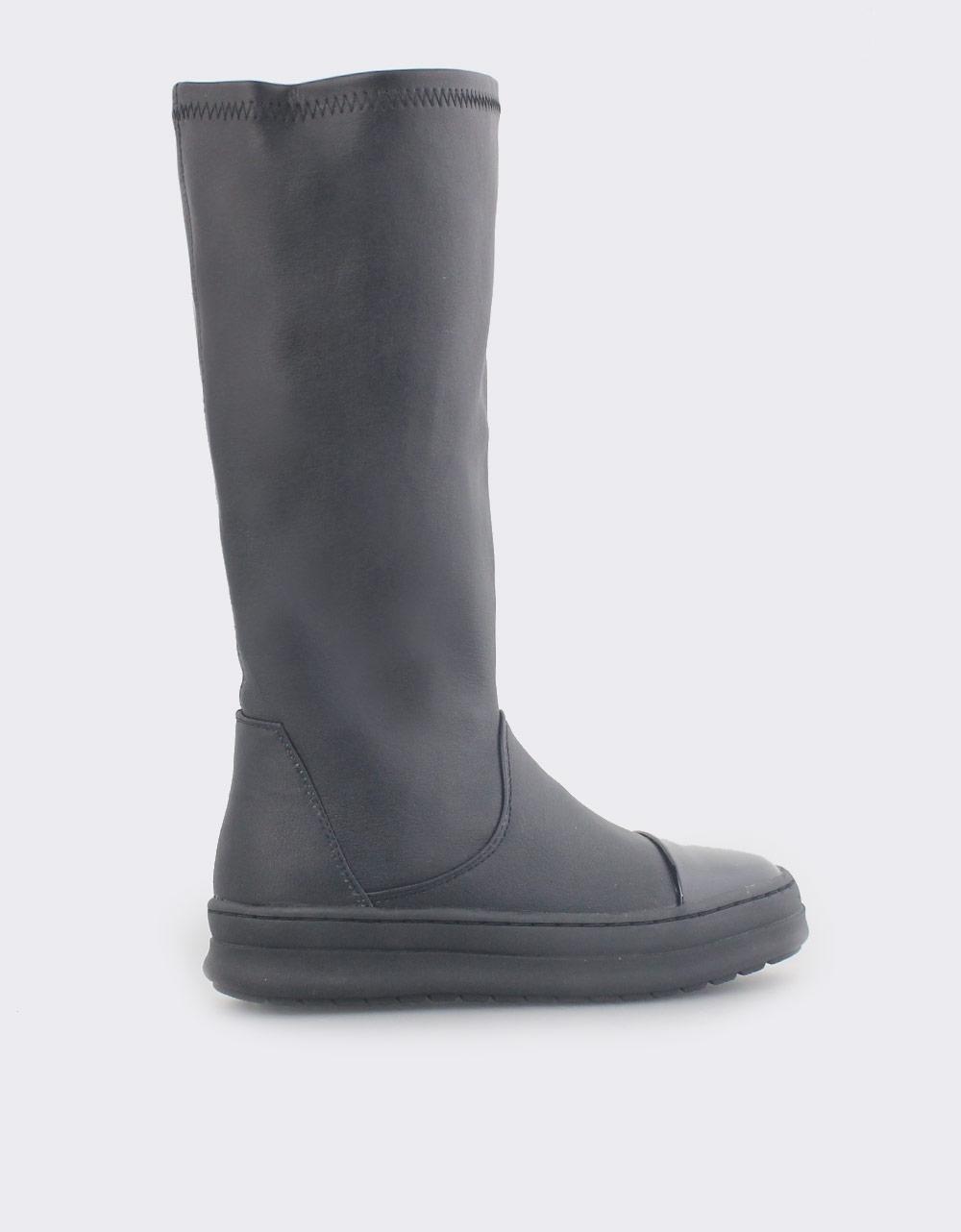 Εικόνα από Παιδικές μπότες ελαστικές με λουστρίνι Μαύρο