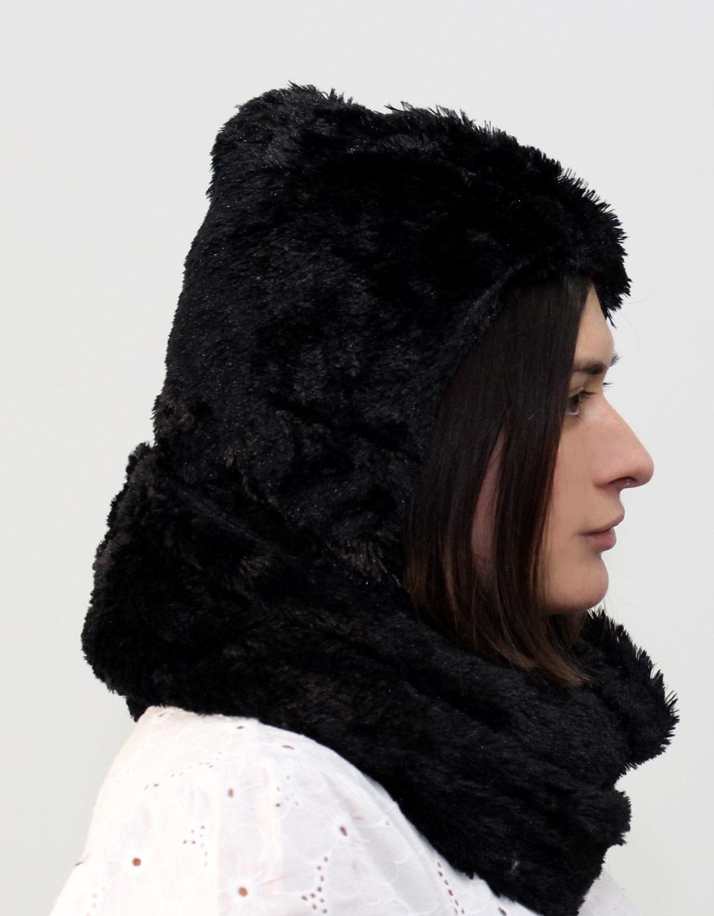 Εικόνα από Γυναικείοι σκούφοι με λαιμό Μαύρο