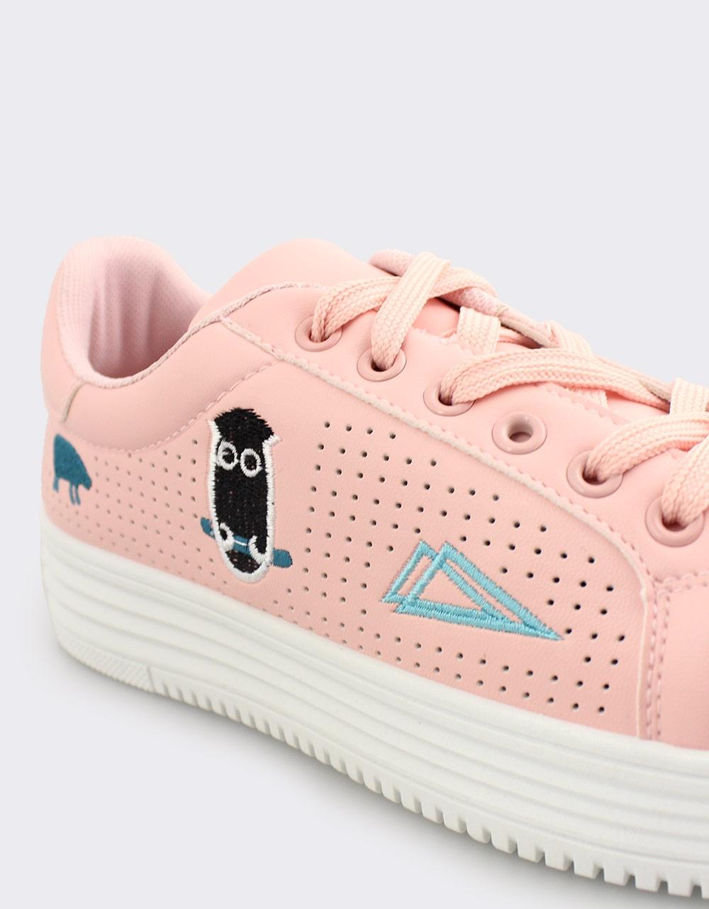 Εικόνα από Γυναικεία sneakers με περφορέ μοτίβο Ροζ