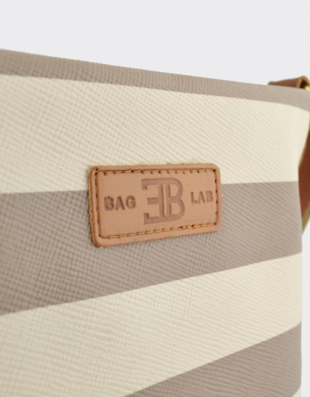 Εικόνα από Γυναικείες τσάντες ώμου χιαστί ριγέ Μπέζ/Πούρο