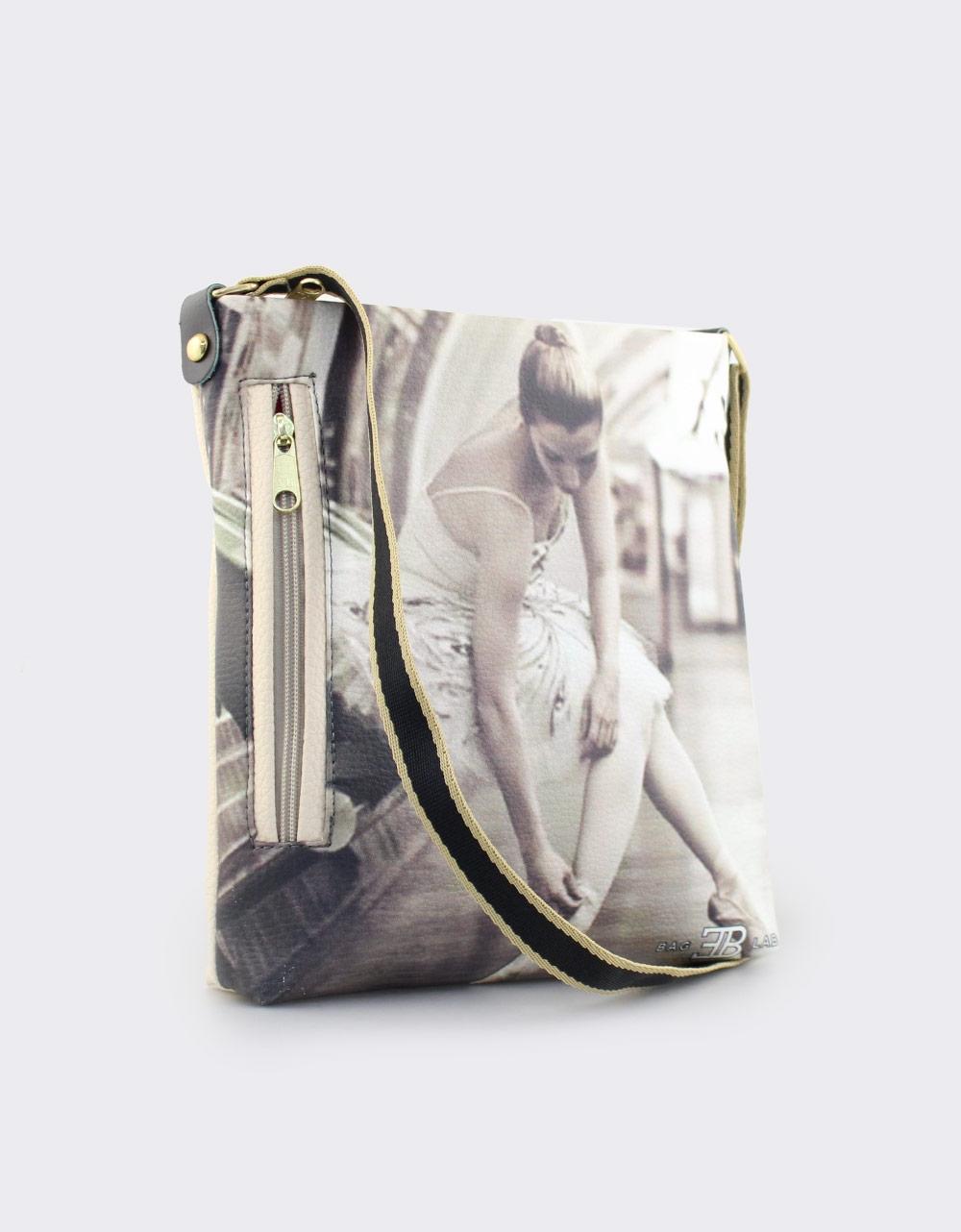Εικόνα από Γυναικείες τσάντες ώμου με μπαλαρίνα Μπεζ